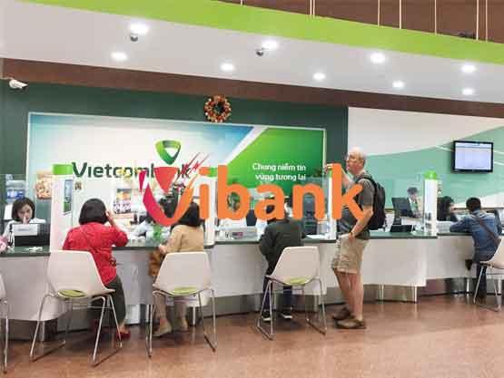 20-vietcombank-1-trong-cac-ngan-hang-cho-vay-the-chap-so-do--re-nhat-VIBANK